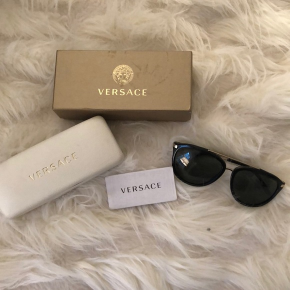 c64a579b783b Versace Accessories